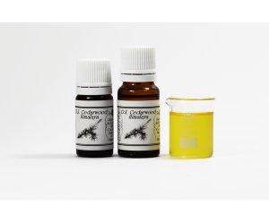 Olio essenziale di Legno di Cedro dell'Himalaya
